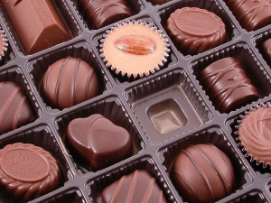 800px-marys_chocates_gift_box_made_in_japan